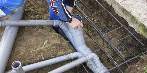 монтаж системы канализации в пильне