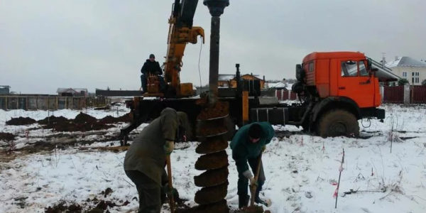 бурение под сваи в Советском районе